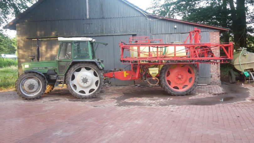 Dieter-Plate_Traktor_AgriCircle-1024x576